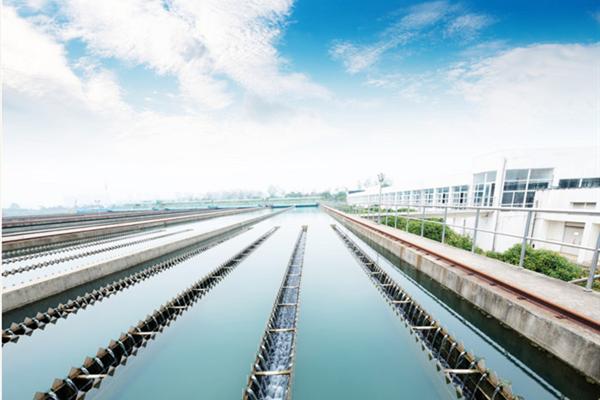 陕西渭南制药厂专用循环水系统高效预膜剂L-413厂家现货
